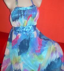 Gyönyörű könnyű nyári ruha