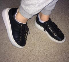 Bershka platformos cipő