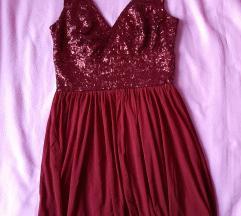 Vörös flitteres dekoltált ruha