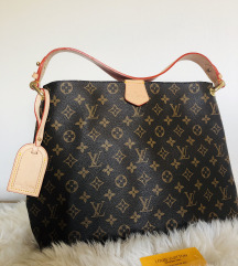 Louis Vuitton Graceful Monogram PM