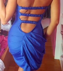 Különleges kék ruha