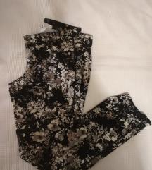 Virág mintás nadrág