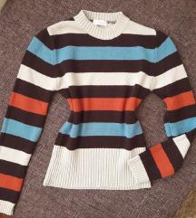 Puha zsenília pulóver