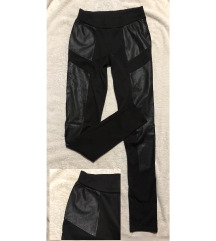 Fekete nadrág latex csíkkal