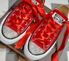 Menyecsketáncos converse cipők