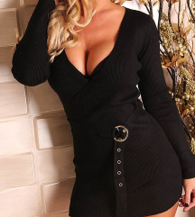 Átlapolt női ruha