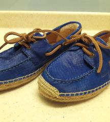 UGG tavaszi-őszi cipő 37.