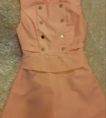 Rózsaszìn gombos ruha