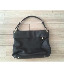 FOGLALT | C&A fekete táska
