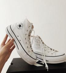 Magas szárú platform cipő