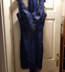 Gyönyörű estélyi ruha