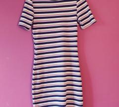 H&M testhezálló csíkos pasztell ruha
