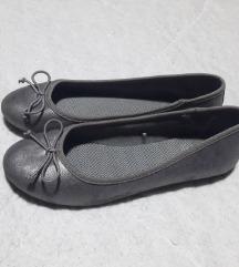 🎀 F&F cipő 37-es 🎀