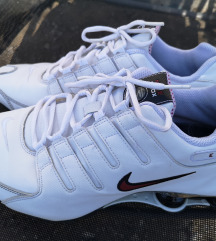 Férfi sportcipő 45