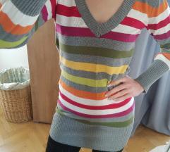 Szürke színes csíkos kötött pulóver
