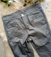 Új, címkés Janina ezüst skinny nadrág 40