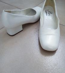 Fehér női félcipő