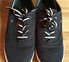 Tommy cipő 36