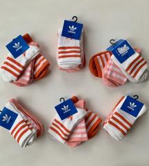 Új, címkés Adidas zoknik (3 pár)