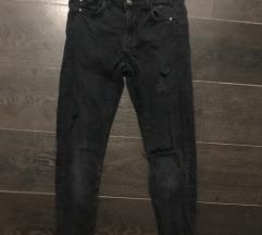 Bershka magasdereku szaggatott nadrág