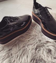 stradivarius Cipő új
