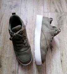 Khaki extra kényelmes cipő