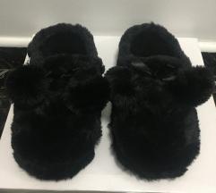 Női szőrmés házi cipő papucs vadonatúj