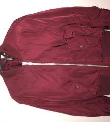 Bordó kabát