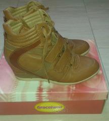 Graceland magasított talpú cipő