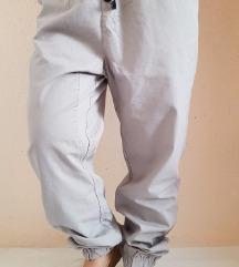 buggyos,enyhén ülepes,rugalmas nadrág,40-es