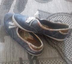 Budmil cipő