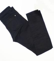 Fekete skinny nadrág