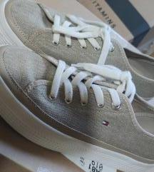 Ingyen FP!🦊 Magasított talpú Tommy Hilfiger cipő
