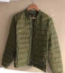 Zöld dzseki