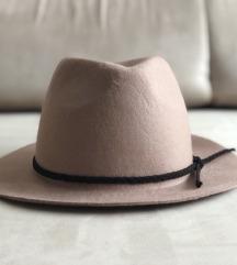 Új világos teveszínű SIXXX fesztivál kalap