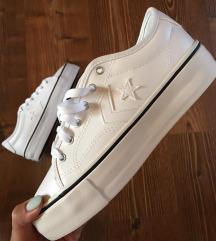 Címkés eredeti platform Converse cipő
