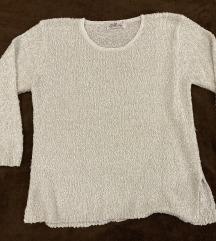 Fehér pulóver