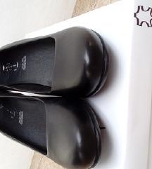 Vadonatúj, fekete, bőr félcipő